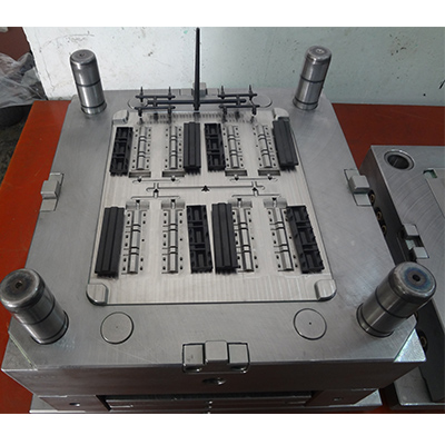 Fuse Holder Plastic Injection Mould